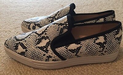 Witchery Slip On Sneaker Shoes Size 36 BNWOB