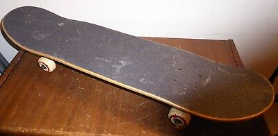 Renner skateboard, virtually unused