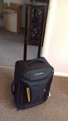 Berghaus Optimus 40 Litre Wheeled Luggage for cabin. Approved regulation size.