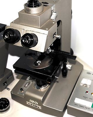 Olympus Vanox Research Microscope with 4 Objectives and Photo equipment