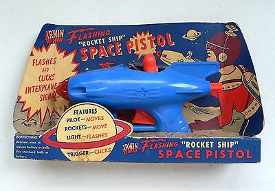 Vintage Irwin FLASHING ROCKET SHIP SPACE PISTOL Ray Gun MOC 1950's USA