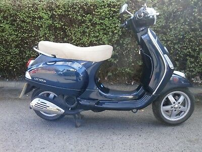 Vespa  LX 125 2010 Auto Scooter  Blue 12 months MOT New rear tyre 21200 kms