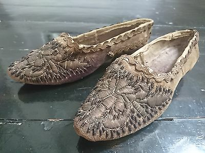 19th Century c.1850s Ottoman / Turkish Embroidered Girls Shoes - Antique Fashion