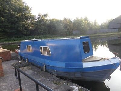 Canal River Boat Live aboard  project barge Cruiser Stern narrow boat narrowboat