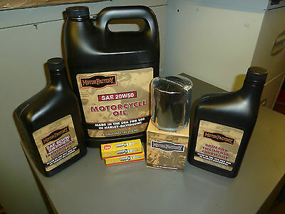 Harley Davidson Twin Cam Service Kit For All STREET BOBS  with chrome oil filter