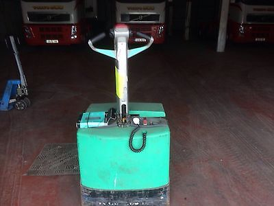 2005 Hitachi electric pallet truck and Manual pallet truck. Both excellent cond.