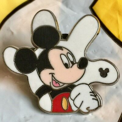 Disney Trading Pins White Glove Mickey Mouse Hand Icon Hidden Mickey Pin Badge