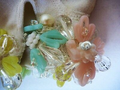 Bonwit Teller NWT Midcentury White Gloves with Large Floral Beads-Fun!