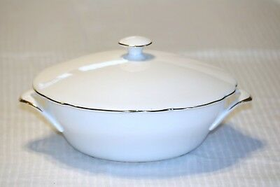 Royal Standard Fine Bone China England Scalloped Round Covered Serving Bowl