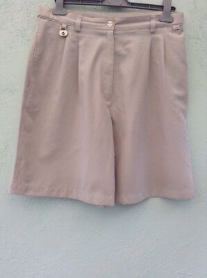 Ladies Golf Shorts Size 12 From Liz Claiborne Lizgolf Stone With Metal Detail
