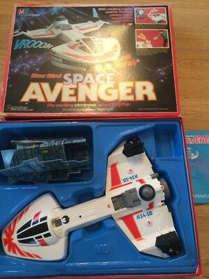 1981 MB Star Bird Space Avenger Boxed Retro Electronic Toy Spares Or Repairs