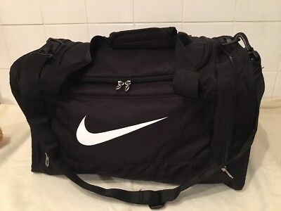 Nike Black Holdall Duffel Gym Travel Weekend Hand Luggage Bag