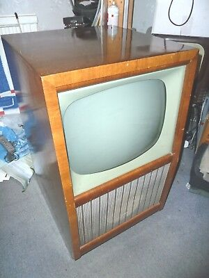 """Mid 1950's Bush Type 36 405 line TV set for Band 1 & 3 use. 17"""" CRT"""