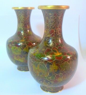 Pair vtg Chinese Cloisonne Vaes Lotus Blossom Flower Motif Gold Gilt Wire Detail