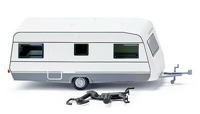WIKING HO scale ~ MODERN CARAVAN ~ assembled PLASTIC SCALE MODEL 009203