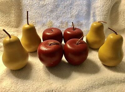 Vintage Wooden Fruit Pears/Apples