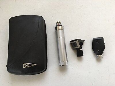 Welch Allyn Diagnostic Set Opthalmoscope 11600 / Otoscope w/ stow case