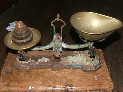 Vintage Avery Scales