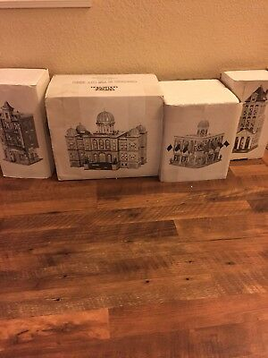 Dept 56 Heritage Village Christmas in the City Series Lot Of 4. Mint!