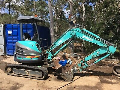 3T Kobelco SK30A Excavator. Price INCLUDES GST