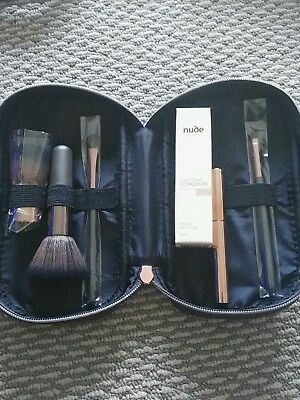 Nude by Nature brushes, concealer and eyeliner