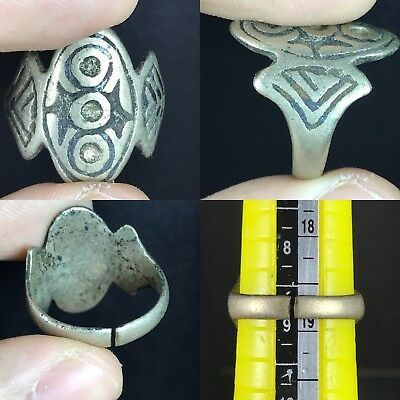 Lovely Unique Ancient Roman Ring
