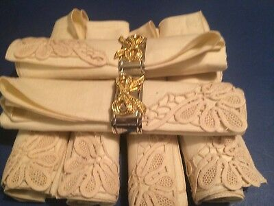 Six vintage style napkins with silver and gold holders