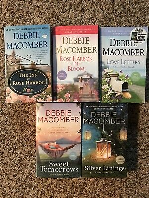 Lot Of 5 Debbie Macomber Complete Rose Harbor Series