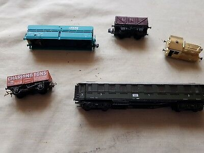 a model railway small joblot of wagon etc for spears or repair