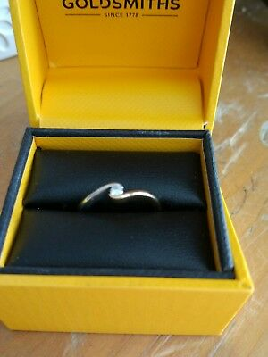 9ct White and Yellow Gold Ring with 0.05ct Diamond Size K