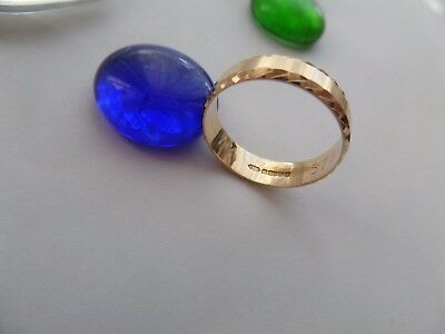Brilliant fully stamp 9ct yellow solid gold wedding ring size p=7- 2.5 grams