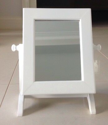 TABLE TOP JEWELLERY CABINET WITH MIRROR WHITE (Excellent condition)