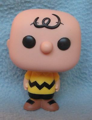FUNKO POP CHARLIE BROWN FIGURE, Peanuts, Snoopy