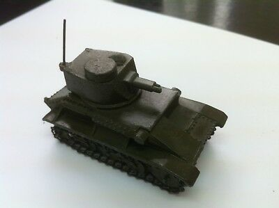 Dinky Toys - MILITARY LIGHT TANK No.152a  - good condition