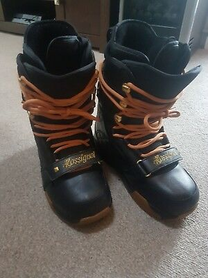 snowboard boots youths size 6.5