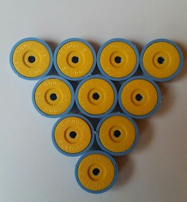 subbuteo lightweight bases x 10 sky blue bases and yellow discs