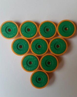 subbuteo lightweight bases x 10 orange bases and green discs