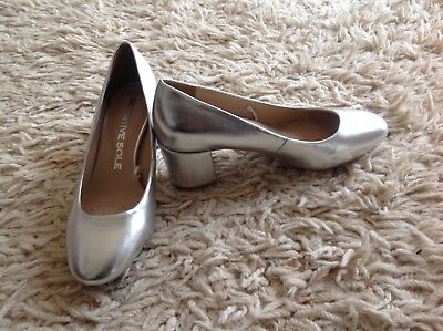 F and F silver low heel court shoes size 5 BNWOT