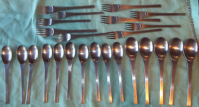 Oxford Hall ZEUS Satin Stainless Steel Flatware 25 Pieces