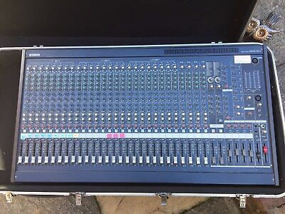 Yamaha MG32/14FX Mixing Console Desk with digital effects and flight case