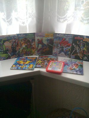 Electronic Story Me Reader With 8 Marvel Avengers Books - Excellent Condition