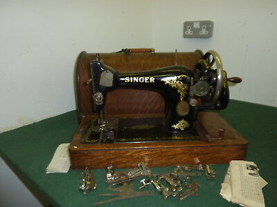 Vintage 1914 SINGER 128K Mechanical Hand Cranked Sewing Machine in Box with Key