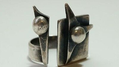 E525 Vintage Modernist Sterling Bypass Abstract Dotted Ring Size 5 3/4