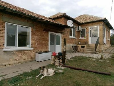 Renovated 2 bed property  for sale - 1 hour drive to Varna Bulgaria