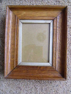 A Light Oak Antique Vintage Miniature Portrait Picture Frame