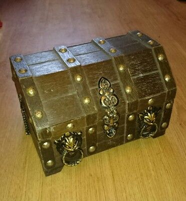 Large wooden vintage treasure chest jewellery box