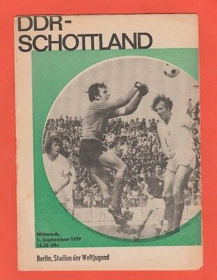 Original PRG     07.09.1977     EAST GERMANY - SCOTLAND  !!    VERY RARE