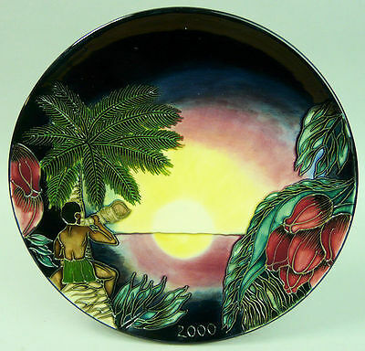 Moorcroft Art Pottery Ltd Edition Plate 'birth Of Light' N0 439/2000 Circa 2000