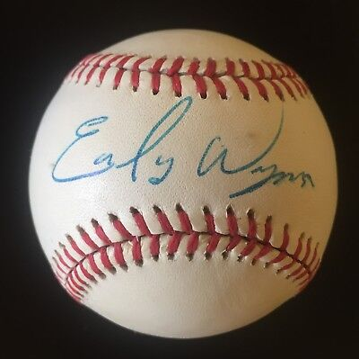 Early Wynn Autographed Baseball Cleveland Indians