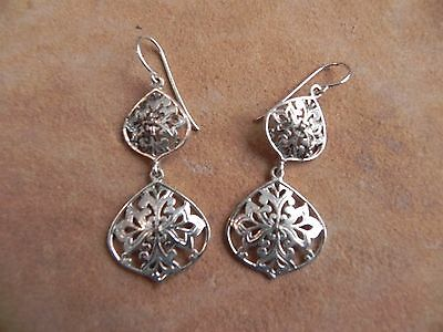 Sterling Silver .925 Filigree Dangle Earrings signed SU Thailand